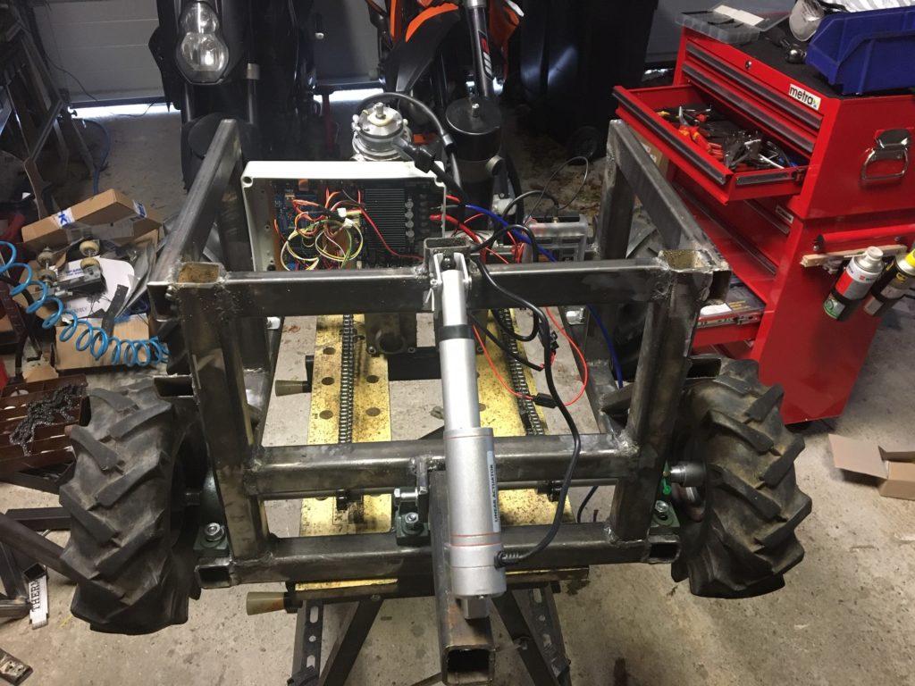 Rahmen des Arduino Snow Plow Roboters